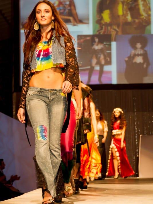CINBer_01-21-2015_EHJ_1_B005--2015-01-19-IMG_Diva_fashion_design__1_1_AV8UOU