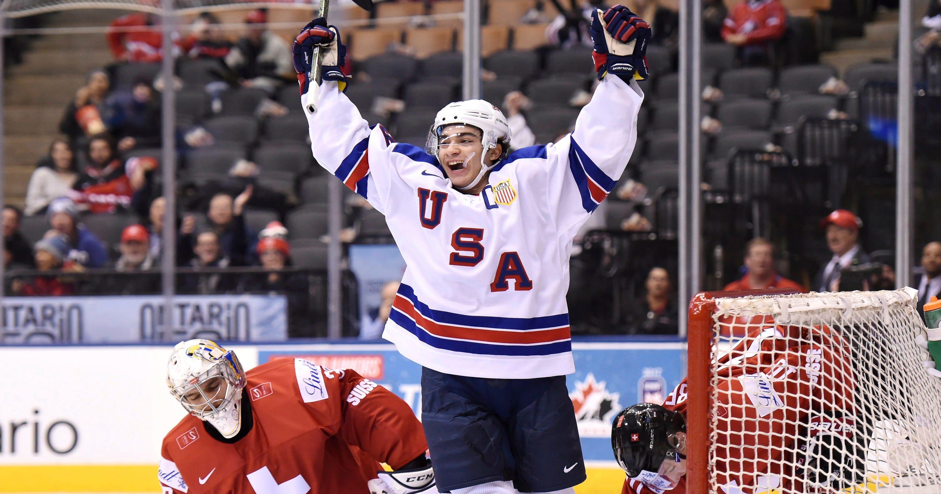 f0465baf6df U.S. beats Switzerland to advance to hockey world junior semifinals