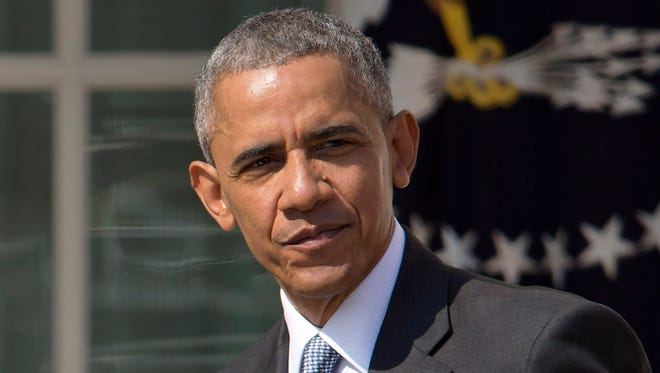 President Barack Obama has Michigan State in his Final Four but projects Kansas to win it all in his NCAA bracket.