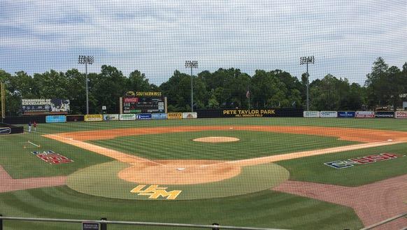 Louisiana Tech and Florida Atlantic play in a 3 p.m.