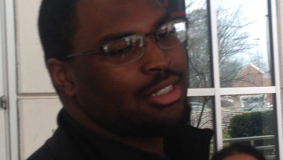 Auburn five-star offensive line commit Calvin Ashley