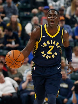 Indiana Pacers guard Darren Collison (2) brings the ball up court against the Portland Trail Blazers  at Bankers Life Fieldhouse.