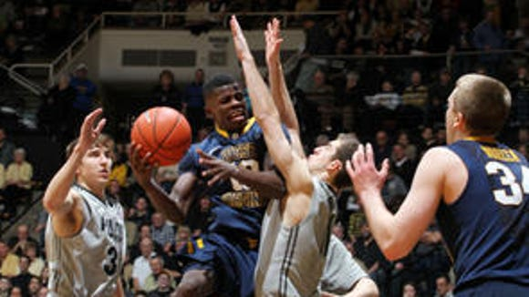 Sophomore guard Eron Harris received his official release from his West Virginia scholarship on Wednesday.