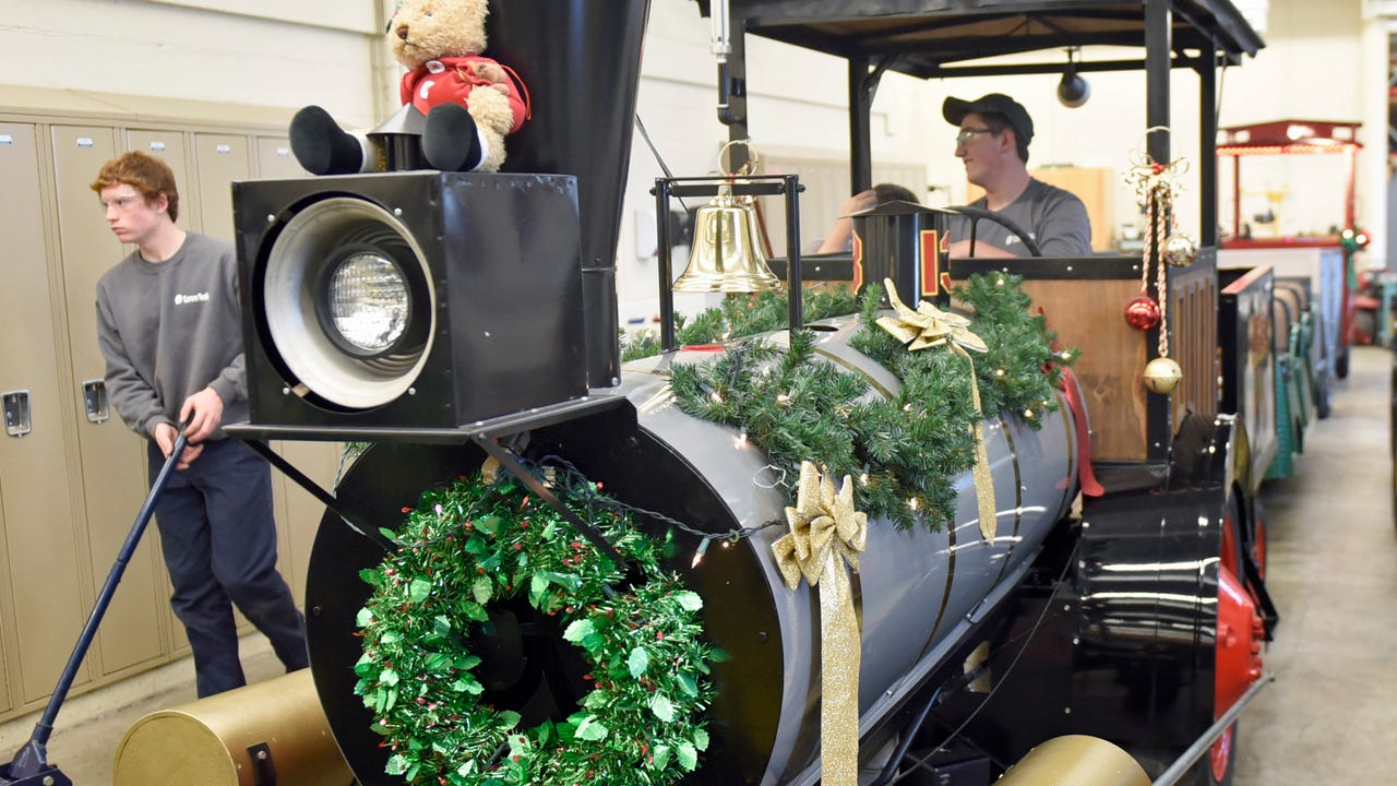 FCCTC ag. mechanical students area gearing up for the Christmas Parade by preparing the Santa Train.
