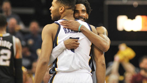 USP NBA: PLAYOFFS-SAN ANTONIO SPURS AT MEMPHIS GRI S BKN MEM SAS USA TN