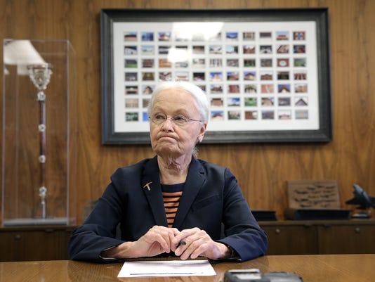 President-Dr.-Diana-Natalicio-Announces-Retirement-4.jpg