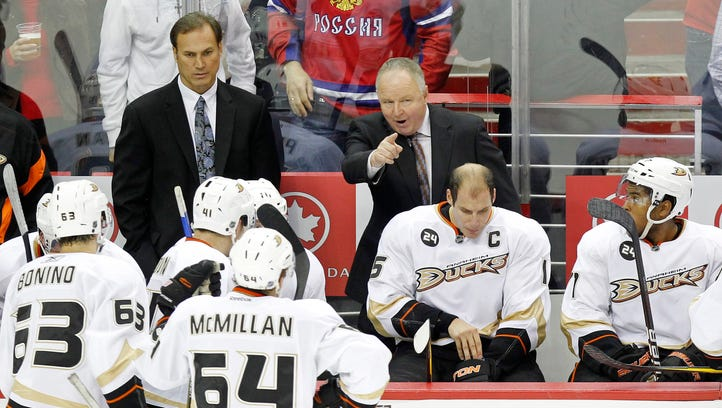 The Anaheim Ducks have re-hired former head coach Randy Carlyle.