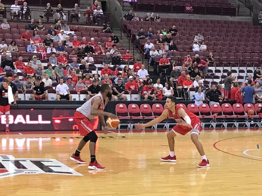 Ohio State's Keyshawn Woods dribbles against Duane