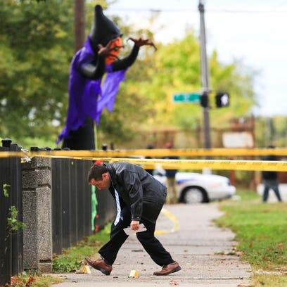 3 injured in 'brazen' shooting in Park Hill