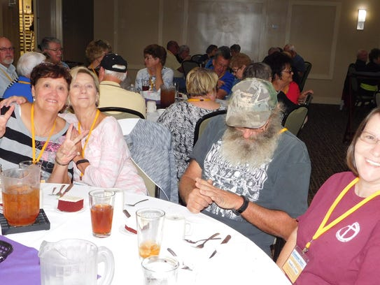 Stewart County seniors relax with some dinner and entertainment