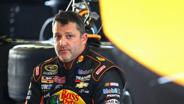 Nov 21, 2015: Tony Stewart during practice for the