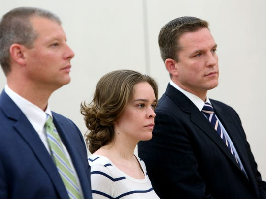 Lacey Spears appeared in Westchester County criminal court Oct. 23, 2014 with her attorneys Stephen Riebling, left and David Sachs.
