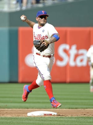 Freddy Galvis will replace Jimmy Rollins at shortstop for the Phillies.