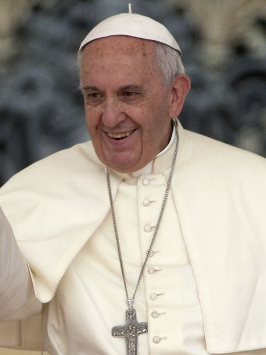 635702123146174386-pope