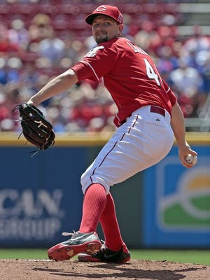 Mike Leake was traded by the Cincinnati Reds to the San Francisco Giants on July 31, 2015.