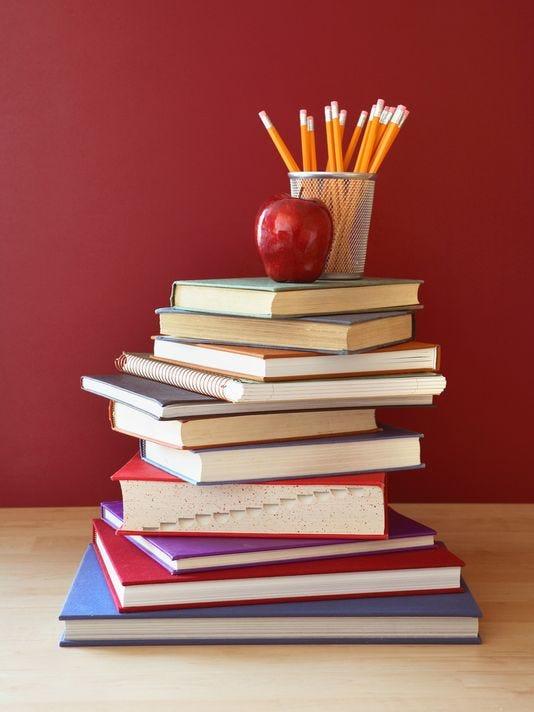 635800147133478293-Books-Pencils