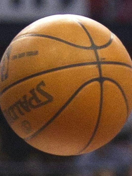 635622746302982033-635590349098392416-Basketball