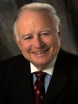 Bert Case, longtime TV newsman, died Thursday of sepsis and other complications.