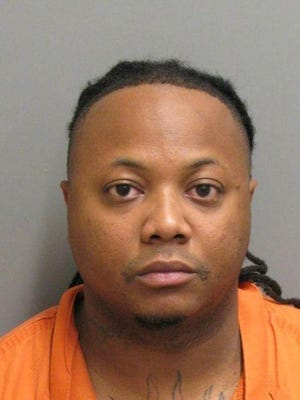 Deaundre Williams is charged with murder.