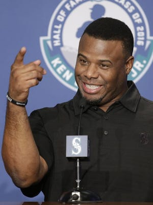 Ken Griffey Jr., elected to baseball's Hall of Fame last month, will wave the green flag to start the Daytona 500.