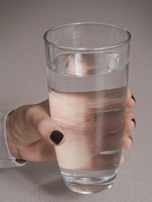 635919246182178579-635816242787385592-Tall-glass-of-water-01.jpg