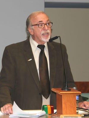 Incumbent mayor Allan Litman is seeking reelection in 2016.