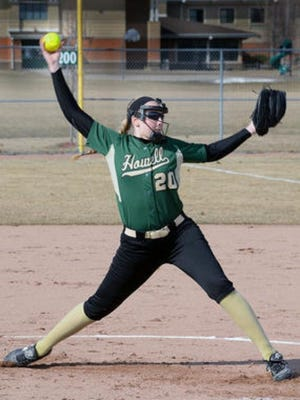 Howell's Erin Utter allowed just one unearned run over 10 innings to lead the Highlanders to a district title on Saturday afternoon.