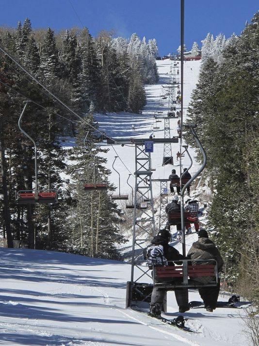 Ski-Season-New-Mexico-Peer.jpg