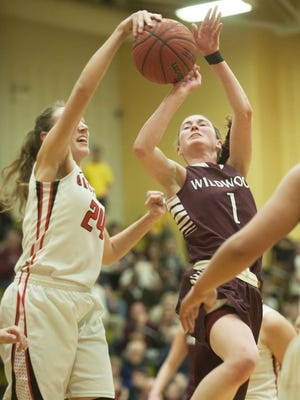 Bound Brook's Cortlyn Morris rejects Wildwood's MacKenzie  McCracken