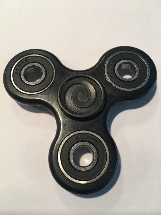 636294243101768530-636281390886646370-fidget-spinner.jpg