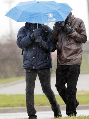 A freezing rain advisory ends at 10 a.m. in the TriState but it's going to be wet this weekend.