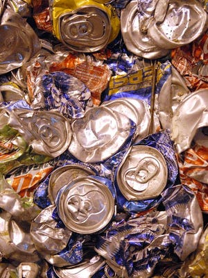 Before the Packers play the Bears Sunday at Lambeau Field, Con-way Freight employees will be outside the stadium collecting aluminum cans and donations to support Special Olympics Wisconsin.
