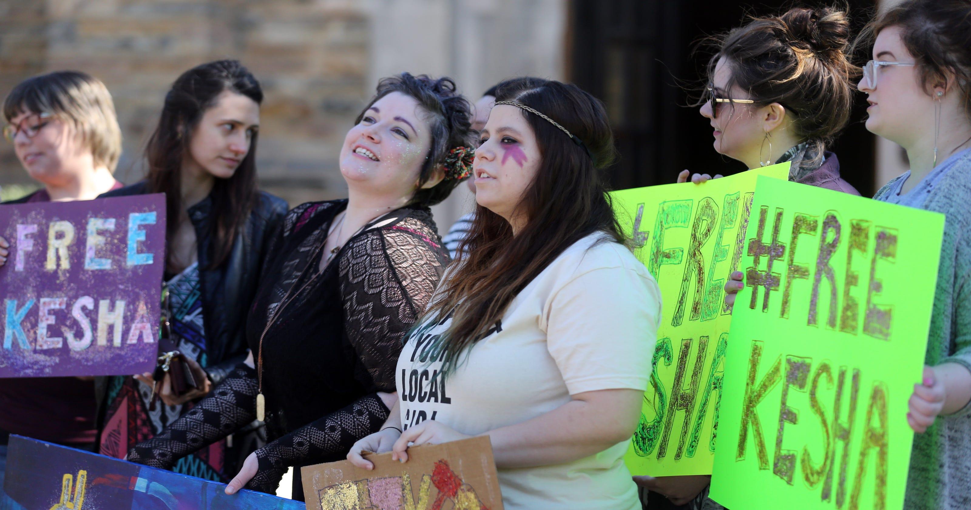 Kesha supporters rally outside Sony Music Nashville