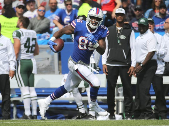 Bills tight end Charles Clay caught 4 passes including a touchdown agains the Jets.