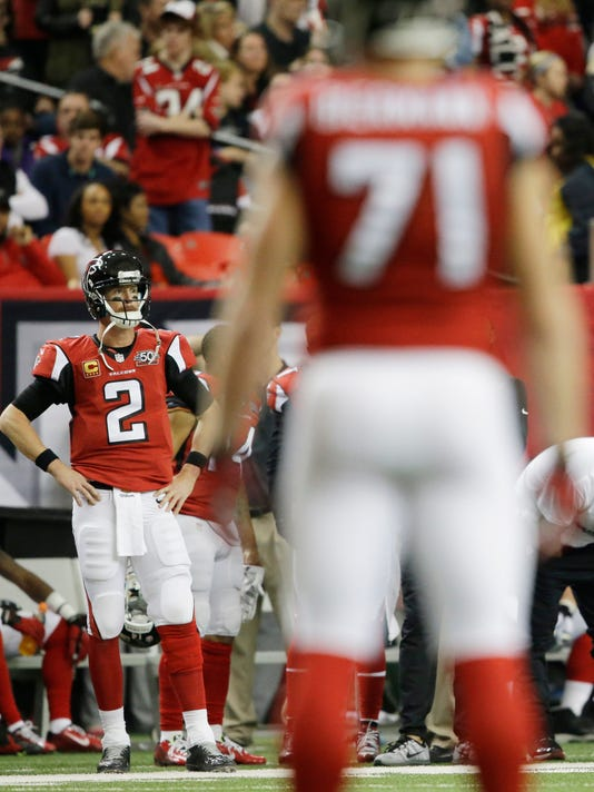 Atlanta Falcons quarterback Matt Ryan (2) play against the New Orleans Saints during the second half of an NFL football game, Sunday, Jan. 3, 2016, in Atlanta. The New Orleans Saints won 20-17. (AP Photo/David Goldman)