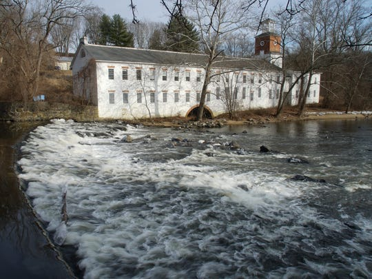 "Walkers Mill sits on the Brandywine River next to Walker Mills ""bank houses"" at 1 Walkers Mill Rd. built c:1825."