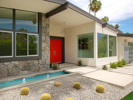 "H3K Design won the ""Curb Appeal"" Editor's Choice Award from HGTV for their work on the front of this Palm Springs midcentury ranch."