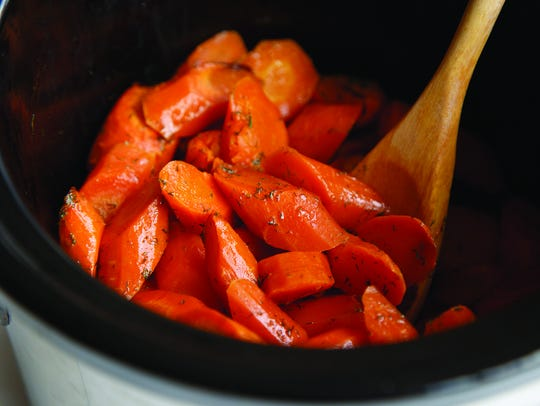 Lemon Dill Slow Cooker Carrots