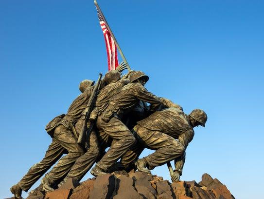 Marine Corps War Memorial of the Iwo Jima flag raising.