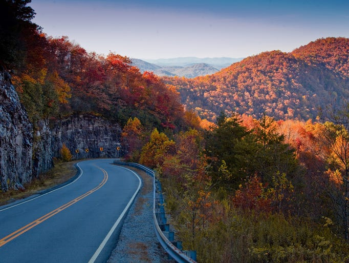10Best The Brightest Fall Foliage Around The USA