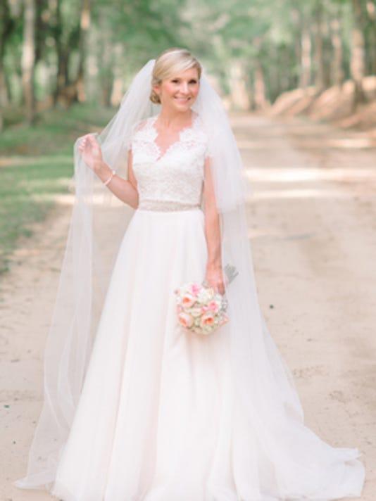 Weddings: Caitlin Mackinsey Brunson & Julian Grice Hunt