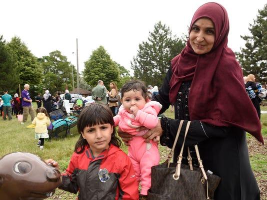 636651022817943023-2018-0620-ctj-me-refugee-day054.jpg