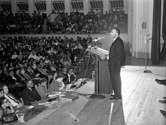 636199302805371516-MJS-Martin-Luther-King--Jr.-in-Milwaukee-Historical-Archive.jpg