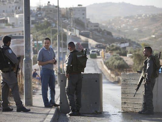 DFP 1016_Israel_Palestinians(2)