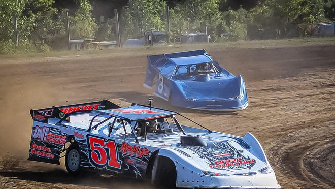 Devin Shiels, a Britton native with lots of relatives in the Dundee area, recently wrapped up another successful season of Late Model racing.
