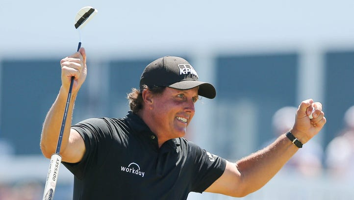 Phil Mickelson embarrassed, disappointed after stunning penalty at U.S. Open