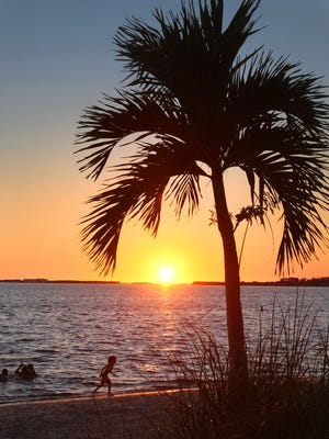Join The News-Press on a cruise along the Caloosahatchee River on Feb. 4 with Pure Florida. Our expert photographers will show you how to take the perfect sun set photo.