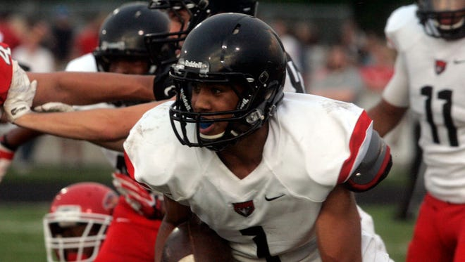 Stewarts Creek and junior Cynterius Lyons (1) will host Ravenwood at 7 p.m. on Friday.