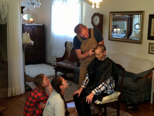 Rory Feek shaves Joey's hair during her cancer treatment