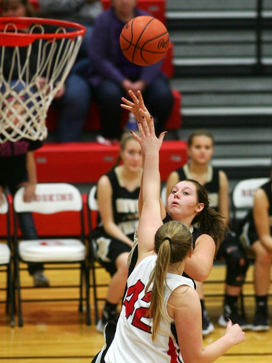 River View 41, Coshocton 28